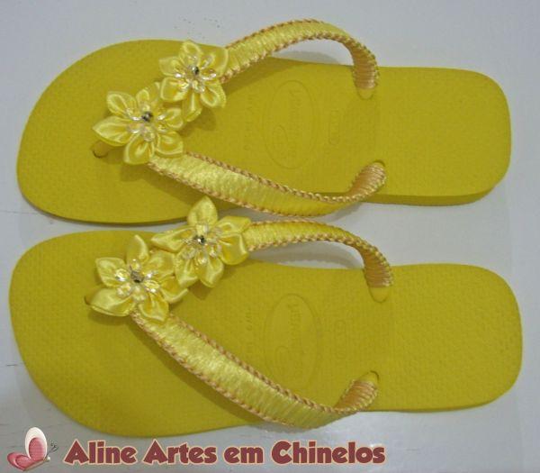 Chinelo Amarelo com Dourado (Modelo 001) - Loja da Aline ...
